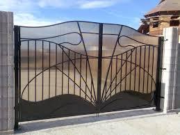 Заборы и ворота из поликарбоната