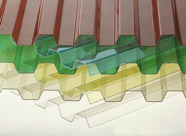 Профилированный поликарбонат (прозрачный шифер)